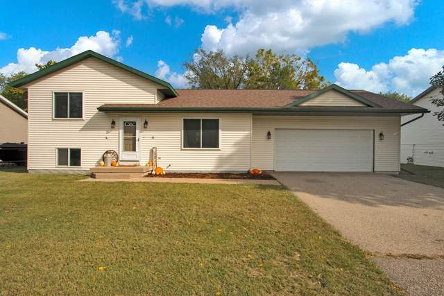 108 E Elm Street, Wautoma, WI 54982 (#50248439) :: Town & Country Real Estate