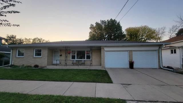 728 S Baird Street, Green Bay, WI 54301 (#50248444) :: Ben Bartolazzi Real Estate Inc
