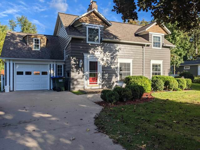 914 Dickinson Street, New London, WI 54961 (#50248449) :: Todd Wiese Homeselling System, Inc.