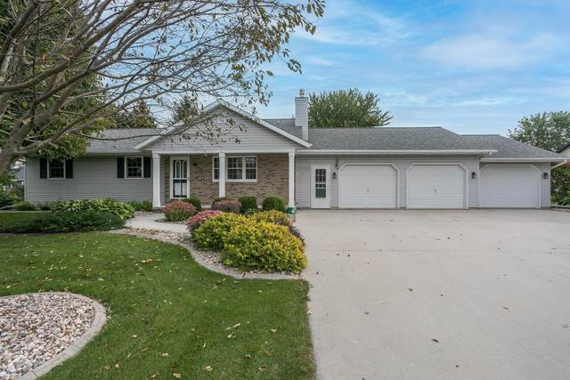 224 N 1ST Street, Hilbert, WI 54129 (#50248467) :: Town & Country Real Estate