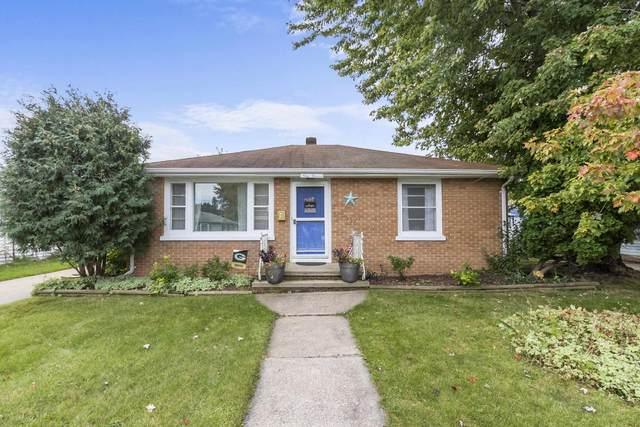 911 E Byrd Street, Appleton, WI 54911 (#50248471) :: Carolyn Stark Real Estate Team