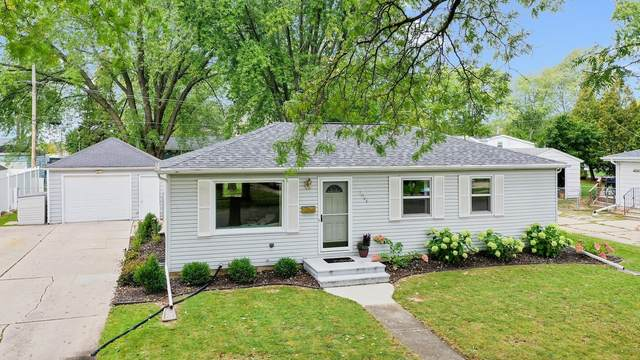 1044 Pennings Avenue, De Pere, WI 54115 (#50248476) :: Town & Country Real Estate