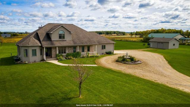 N688 34TH Drive, Berlin, WI 54923 (#50248482) :: Town & Country Real Estate