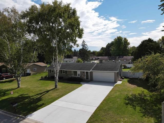 2939 Holland Road, Green Bay, WI 54313 (#50248495) :: Carolyn Stark Real Estate Team