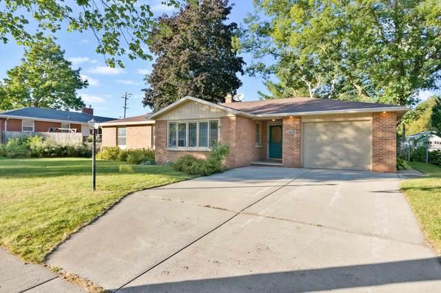 1468 Langlade Avenue, Green Bay, WI 54303 (#50248503) :: Ben Bartolazzi Real Estate Inc