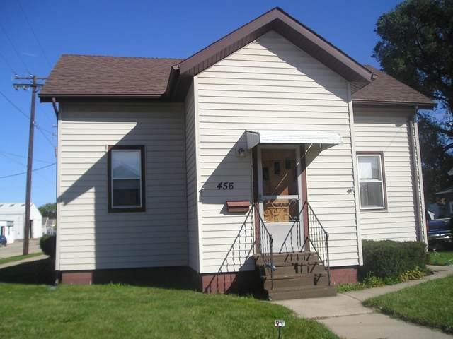 456 W 10TH Avenue, Oshkosh, WI 54902 (#50248527) :: Carolyn Stark Real Estate Team