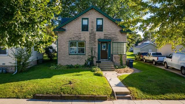 907 Otter Avenue, Oshkosh, WI 54901 (#50248530) :: Carolyn Stark Real Estate Team