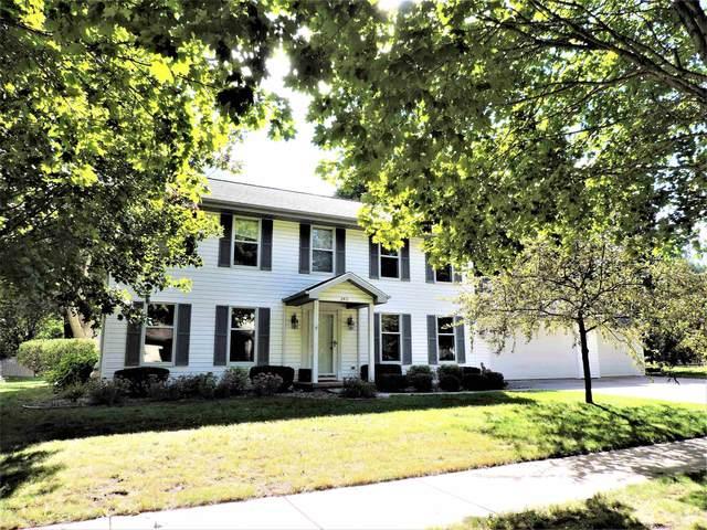 2471 Newport Court, Oshkosh, WI 54904 (#50248549) :: Carolyn Stark Real Estate Team