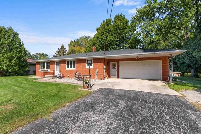 5504 Long Court, Appleton, WI 54914 (#50248566) :: Carolyn Stark Real Estate Team