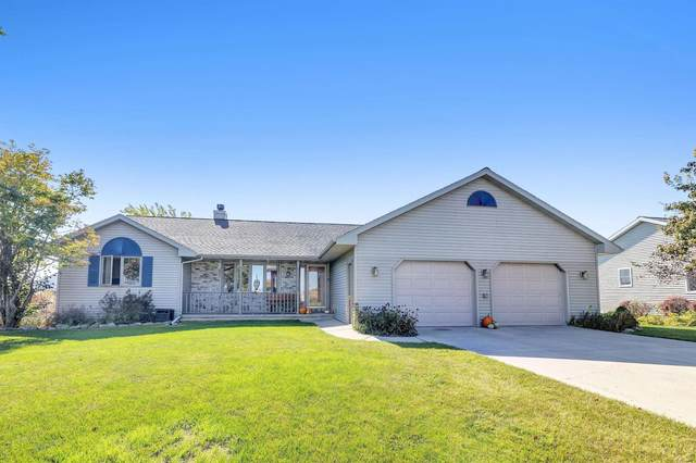 361 Northbrook Road, Luxemburg, WI 54217 (#50248809) :: Town & Country Real Estate