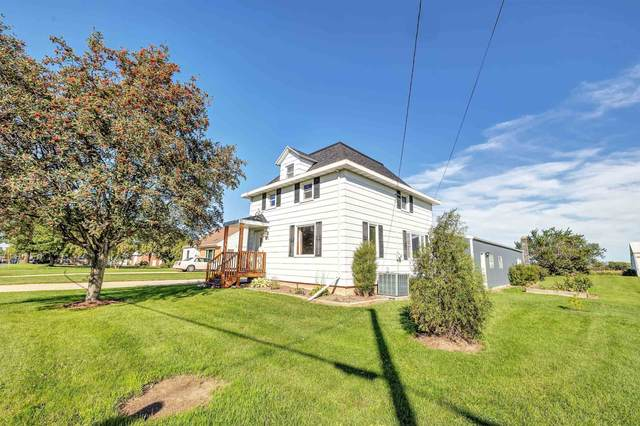 1714 Main Street, Luxemburg, WI 54217 (#50248832) :: Town & Country Real Estate