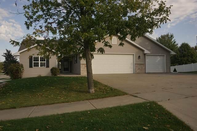 3100 Shady Ridge Lane, Kaukauna, WI 54130 (#50248965) :: Todd Wiese Homeselling System, Inc.