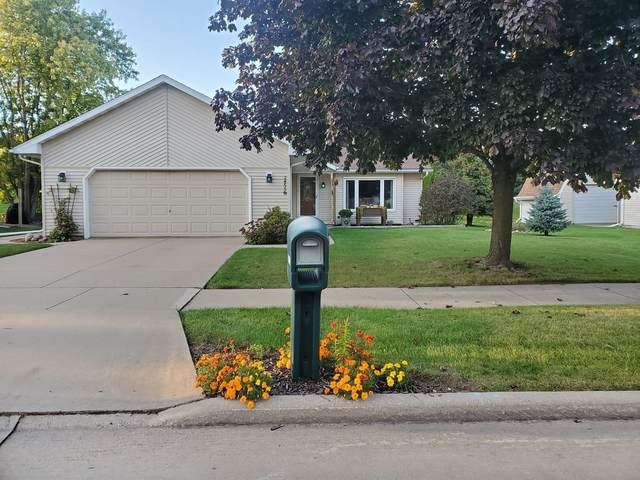 1716 Bayberry Street, Appleton, WI 54915 (#50249057) :: Todd Wiese Homeselling System, Inc.