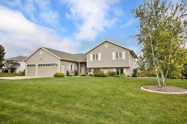 N1904 Bon Bon Court, Greenville, WI 54942 (#50249137) :: Todd Wiese Homeselling System, Inc.