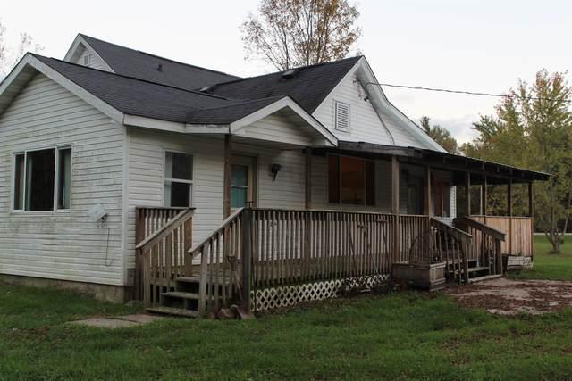 W3834 Hwy 21, Redgranite, WI 54970 (#50249144) :: Carolyn Stark Real Estate Team
