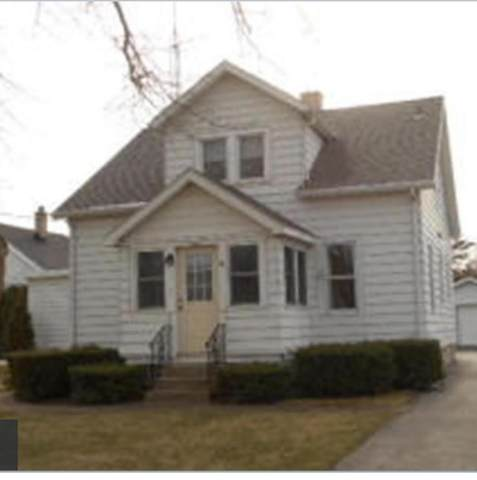 1032 N Rapids Road, Manitowoc, WI 54220 (#50249279) :: Todd Wiese Homeselling System, Inc.