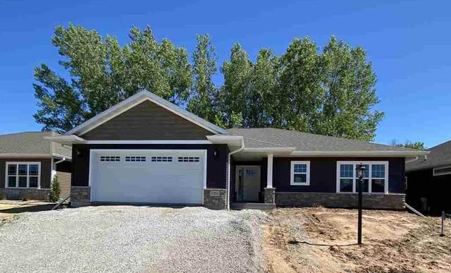 5090 Milkweed Trail, Appleton, WI 54913 (#50249291) :: Todd Wiese Homeselling System, Inc.