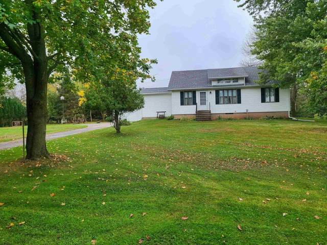 1577 Clairville Road, Oshkosh, WI 54904 (#50249298) :: Todd Wiese Homeselling System, Inc.
