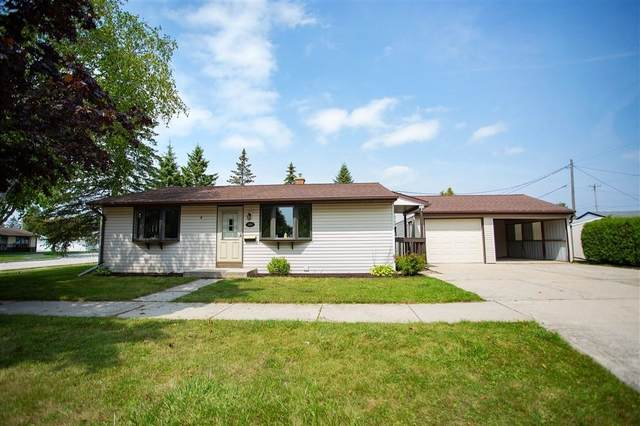 504 E Magnolia Avenue, Manitowoc, WI 54220 (#50249311) :: Todd Wiese Homeselling System, Inc.