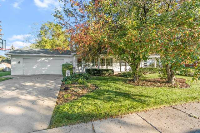 723 S Superior Street, De Pere, WI 54115 (#50249337) :: Todd Wiese Homeselling System, Inc.