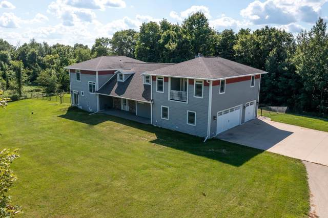 4921 Song Bird Court, Omro, WI 54963 (#50249373) :: Todd Wiese Homeselling System, Inc.