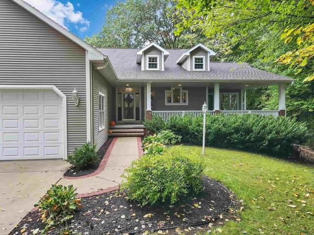 3877 Sandhill Drive, Pulaski, WI 54162 (#50249379) :: Todd Wiese Homeselling System, Inc.