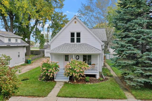 922 N Chestnut Avenue, Green Bay, WI 54303 (#50249400) :: Todd Wiese Homeselling System, Inc.