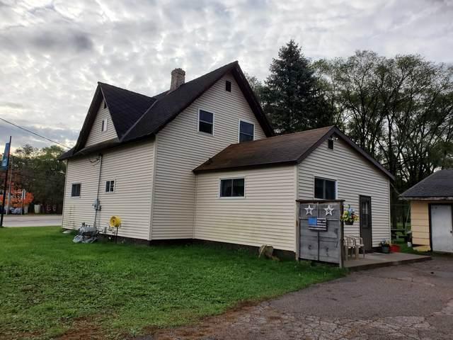 1404 Churchill Street, Waupaca, WI 54981 (#50249427) :: Todd Wiese Homeselling System, Inc.