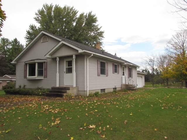 310 W Bannerman Avenue, Redgranite, WI 54970 (#50249445) :: Carolyn Stark Real Estate Team