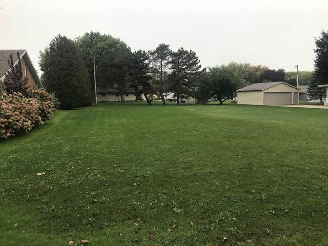 Gmeiner Road, Appleton, WI 54915 (#50249487) :: Todd Wiese Homeselling System, Inc.