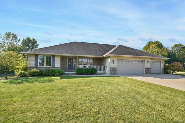 2097 Weston Way, Green Bay, WI 54313 (#50249521) :: Todd Wiese Homeselling System, Inc.