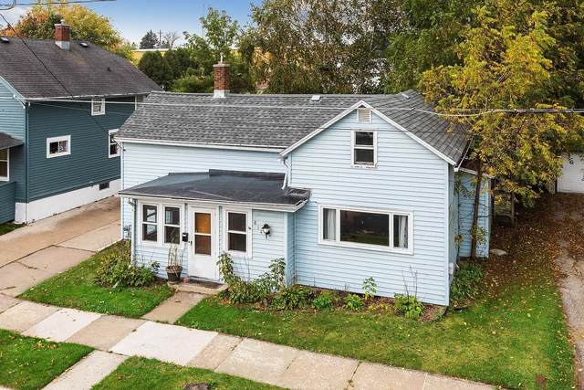814 S 19TH Street, Manitowoc, WI 54220 (#50249563) :: Todd Wiese Homeselling System, Inc.