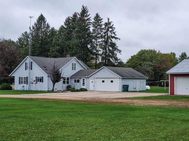 N8202 Hwy G, Iola, WI 54945 (#50249582) :: Carolyn Stark Real Estate Team