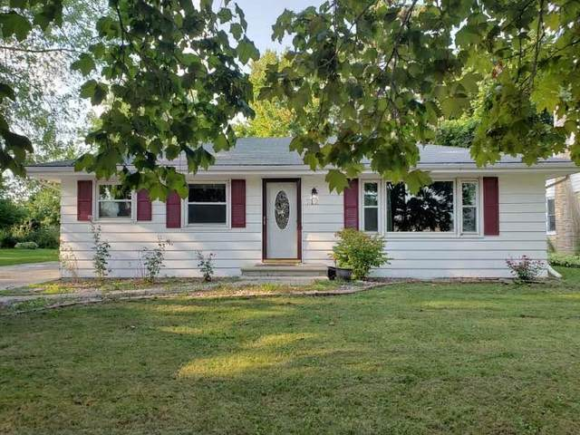 712 Grant Street, De Pere, WI 54115 (#50249610) :: Town & Country Real Estate