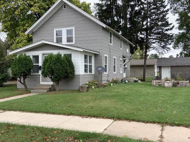 515 E 5TH Street, Shawano, WI 54166 (#50249636) :: Carolyn Stark Real Estate Team