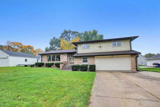 1375 Division Street, Green Bay, WI 54303 (#50249638) :: Todd Wiese Homeselling System, Inc.