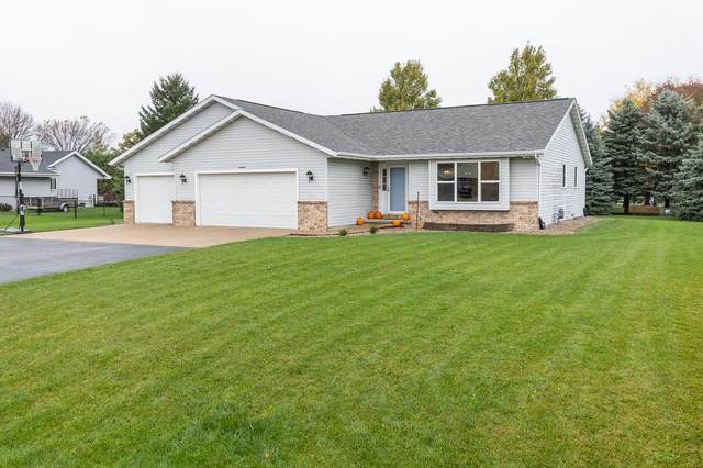 W6448 Moon Shadow Drive, Greenville, WI 54942 (#50249643) :: Dallaire Realty