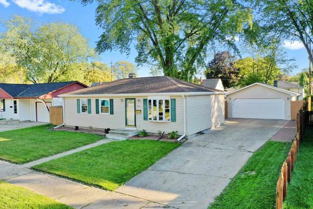 1942 Harold Street, Green Bay, WI 54302 (#50249689) :: Town & Country Real Estate