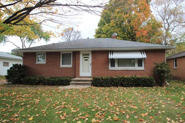 1070 Rockdale Street, Green Bay, WI 54304 (#50249695) :: Town & Country Real Estate
