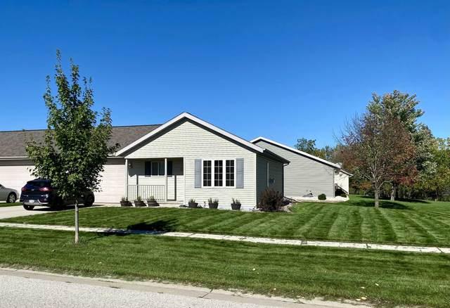 1149 Primrose Lane, Fond Du Lac, WI 54935 (#50249732) :: Todd Wiese Homeselling System, Inc.