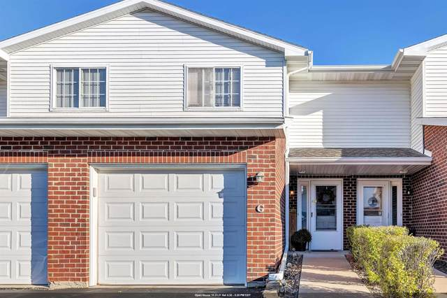 1917 Riverside Drive G, Green Bay, WI 54313 (#50249896) :: Todd Wiese Homeselling System, Inc.