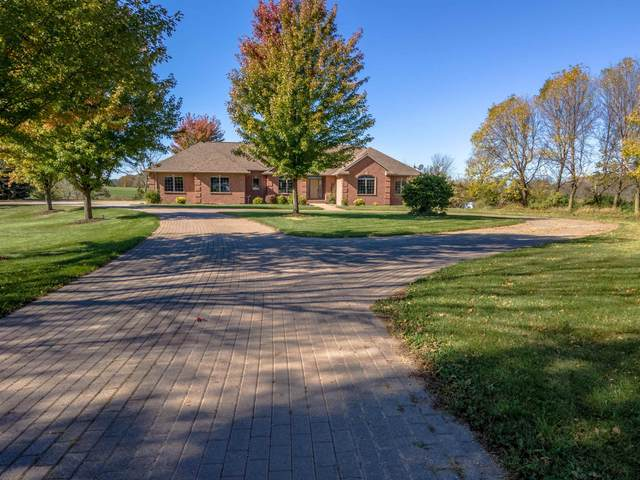 W177 Rolling Acres Court, Kaukauna, WI 54130 (#50249899) :: Dallaire Realty