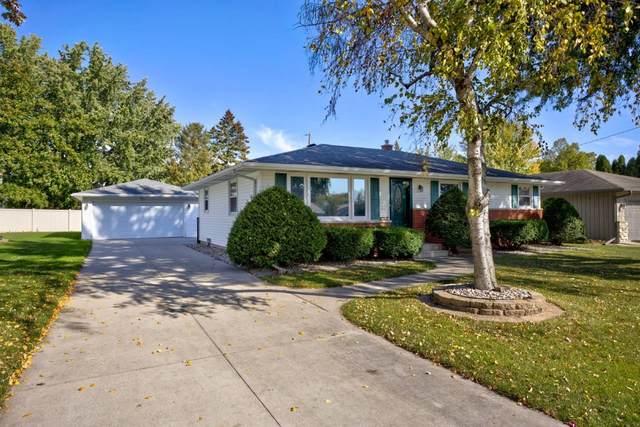 1090 Melrose Street, Neenah, WI 54956 (#50249907) :: Todd Wiese Homeselling System, Inc.