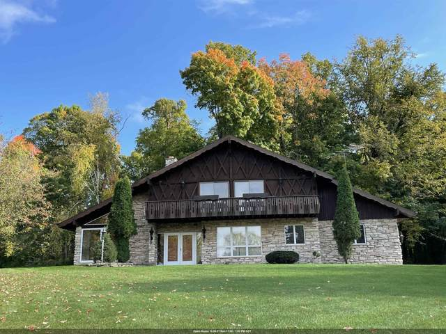 N2644 Chalet Drive, Appleton, WI 54913 (#50249908) :: Todd Wiese Homeselling System, Inc.