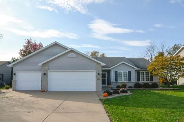 378 Longwood Lane, Wrightstown, WI 54180 (#50249909) :: Todd Wiese Homeselling System, Inc.