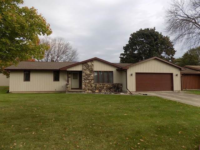 2136 N Connies Court, Appleton, WI 54914 (#50249944) :: Todd Wiese Homeselling System, Inc.