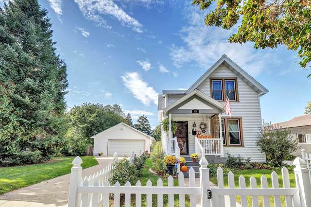 818 S Jefferson Street, Green Bay, WI 54301 (#50249949) :: Dallaire Realty