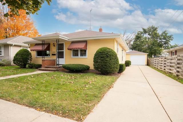 1900 N Bennett Street, Appleton, WI 54914 (#50249978) :: Todd Wiese Homeselling System, Inc.