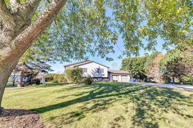 4340 Monroe Road, De Pere, WI 54115 (#50249979) :: Todd Wiese Homeselling System, Inc.