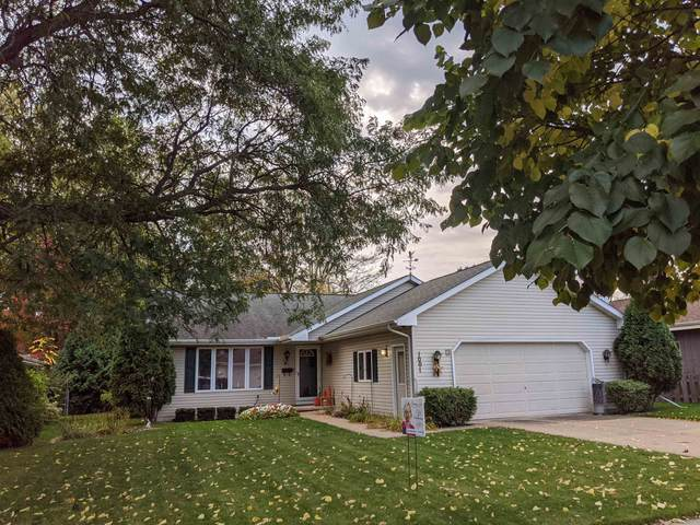 1001 W Taylor Street, Appleton, WI 54914 (#50249994) :: Todd Wiese Homeselling System, Inc.